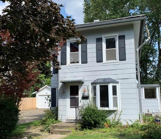 717 E. Vine St., Mount Vernon, OH 43050 (MLS #9048133) :: The Holden Agency