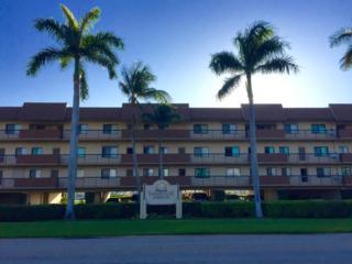 750 W Elkcam Circle #216, Marco Island, FL 34145 (MLS #2171144) :: Clausen Properties, Inc.