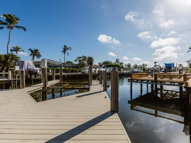795 Willow Court, Marco Island, FL 34145 (MLS #2172687) :: Clausen Properties, Inc.