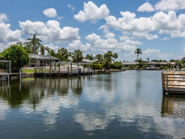 785 Willow Court, Marco Island, FL 34145 (MLS #2181800) :: Clausen Properties, Inc.