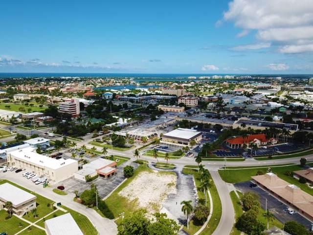 579 E Elkcam Circle #4, Marco Island, FL 34145 (MLS #2192499) :: Clausen Properties, Inc.