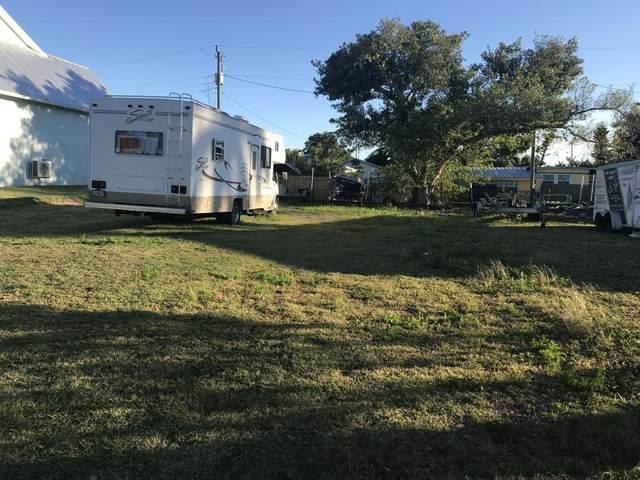 340 Pear Tree Avenue #16, Goodland, FL 34140 (MLS #2200318) :: Clausen Properties, Inc.