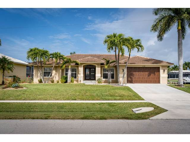 1120 Cara Court #7, Marco Island, FL 34145 (MLS #2200454) :: Clausen Properties, Inc.