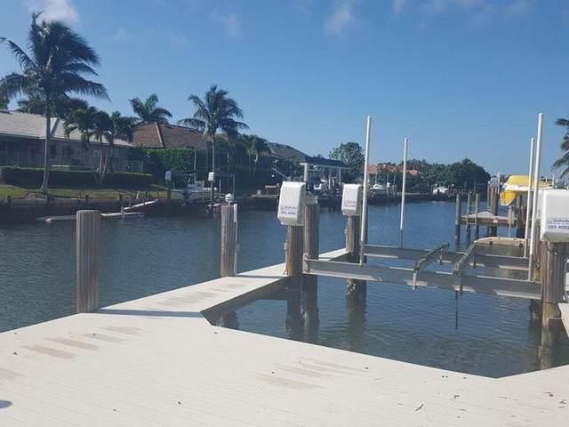 1671 Galleon Court, Marco Island, FL 34145 (MLS #2200483) :: Clausen Properties, Inc.
