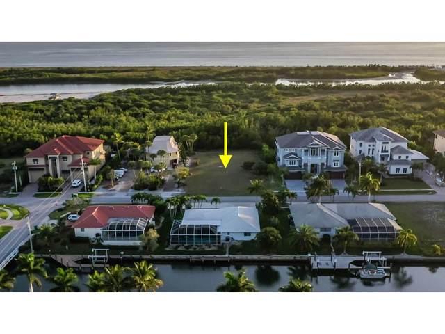 556 Spinnaker Drive #12, Marco Island, FL 34145 (MLS #2200502) :: Clausen Properties, Inc.