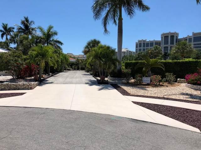 901 Montego #7, Marco Island, FL 34145 (MLS #2200669) :: Clausen Properties, Inc.