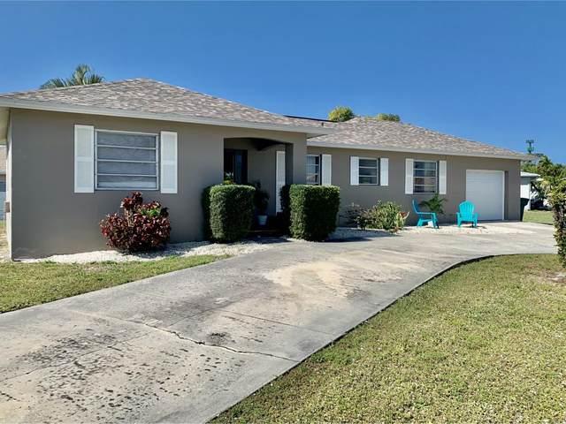 1188 Fourwinds Avenue, Marco Island, FL 34145 (MLS #2200758) :: Clausen Properties, Inc.
