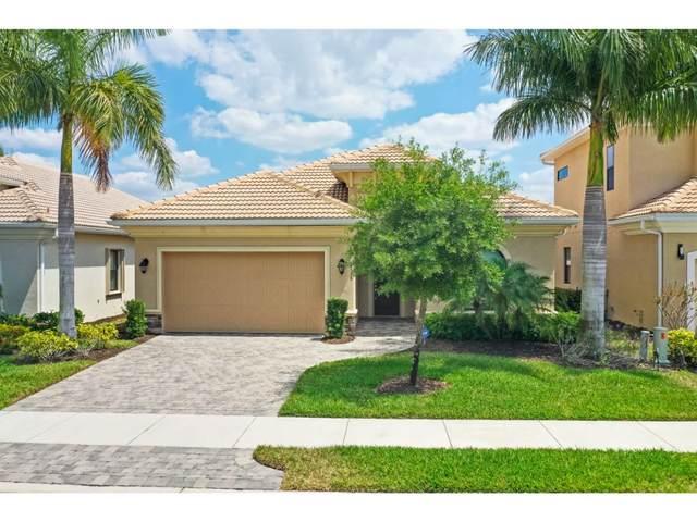 1533 Serrano Circle #0, Naples, FL 34105 (MLS #2200876) :: Clausen Properties, Inc.