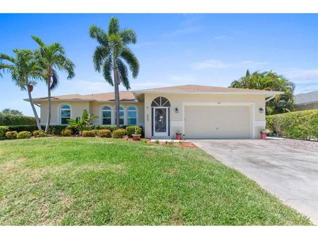 240 Columbus Way, Marco Island, FL 34145 (MLS #2201050) :: Clausen Properties, Inc.