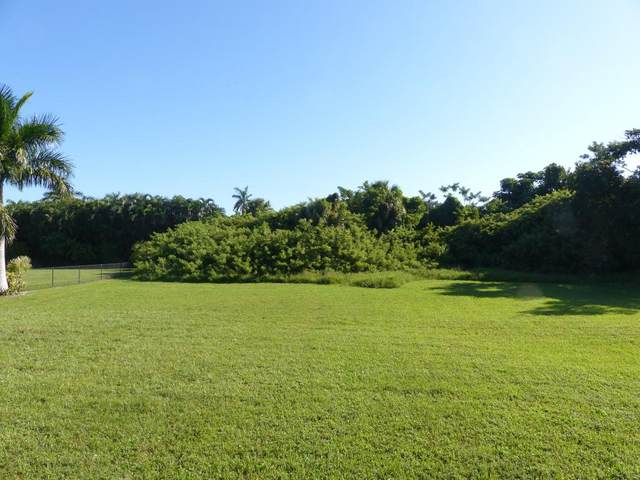 821 Scott Drive #13, Marco Island, FL 34145 (MLS #2201158) :: Clausen Properties, Inc.