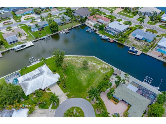 831 Apple Court #4, Marco Island, FL 34145 (MLS #2201395) :: Clausen Properties, Inc.