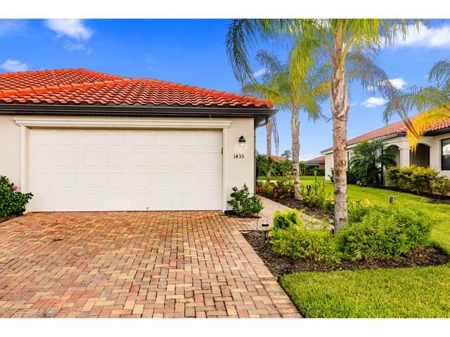 1435 S Oceania Drive, Naples, FL 34113 (MLS #2202046) :: Clausen Properties, Inc.