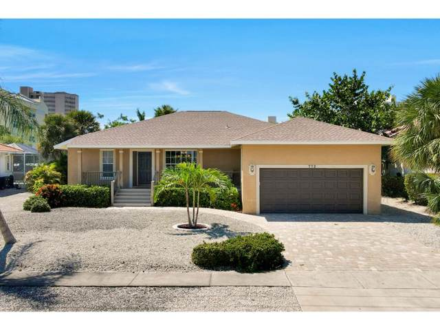 772 Seagrape Drive, Marco Island, FL 34145 (MLS #2202066) :: Clausen Properties, Inc.