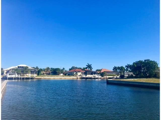 439 Persian Court, Marco Island, FL 34145 (MLS #2210188) :: Clausen Properties, Inc.