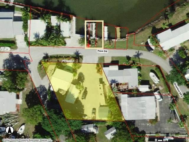 318 Pettit Drive, Goodland, FL 34140 (MLS #2210312) :: Clausen Properties, Inc.