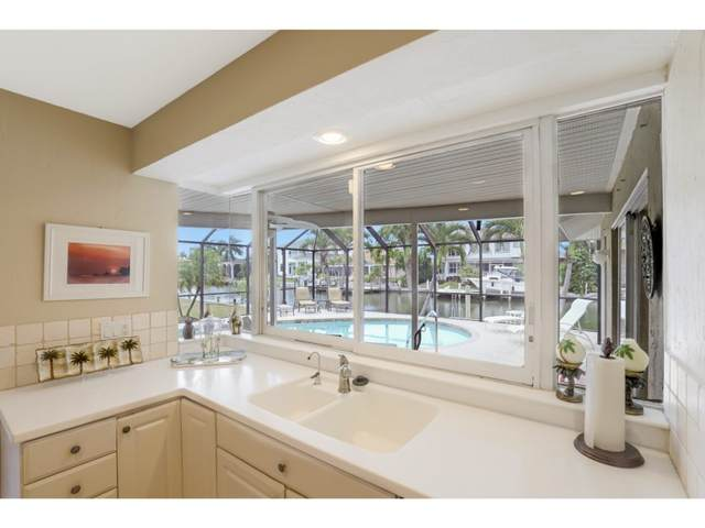 178 Geranium Court, Marco Island, FL 34145 (MLS #2210932) :: Clausen Properties, Inc.