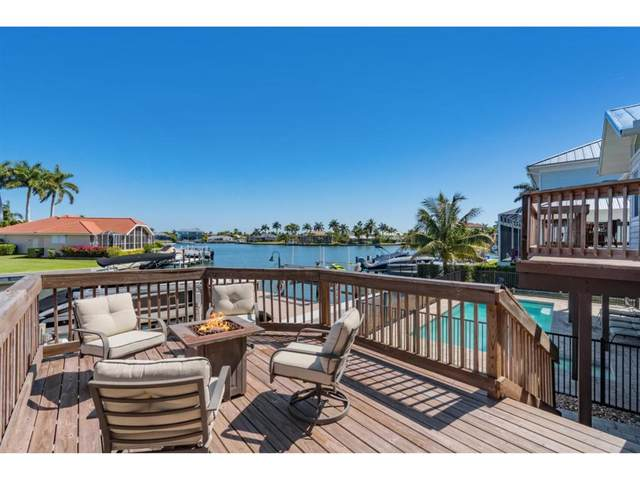 1672 Villa Court, Marco Island, FL 34145 (MLS #2211274) :: Clausen Properties, Inc.