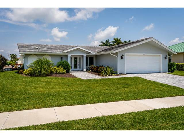 1735 Hummingbird Court, Marco Island, FL 34145 (MLS #2211277) :: Clausen Properties, Inc.