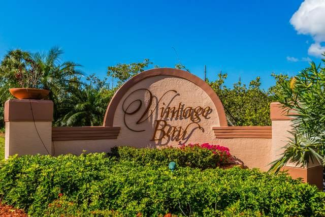 201 Vintage Bay Drive #4, Marco Island, FL 34145 (MLS #2215159) :: Clausen Properties, Inc.