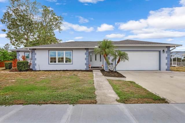410 Yellowbird Street, Marco Island, FL 34145 (MLS #2215183) :: Clausen Properties, Inc.