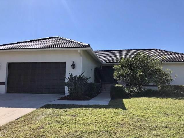 280 Copperfield Court, Marco Island, FL 34145 (MLS #2215222) :: Clausen Properties, Inc.