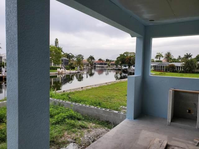 782 Saturn Court, Marco Island, FL 34145 (MLS #2215268) :: Clausen Properties, Inc.