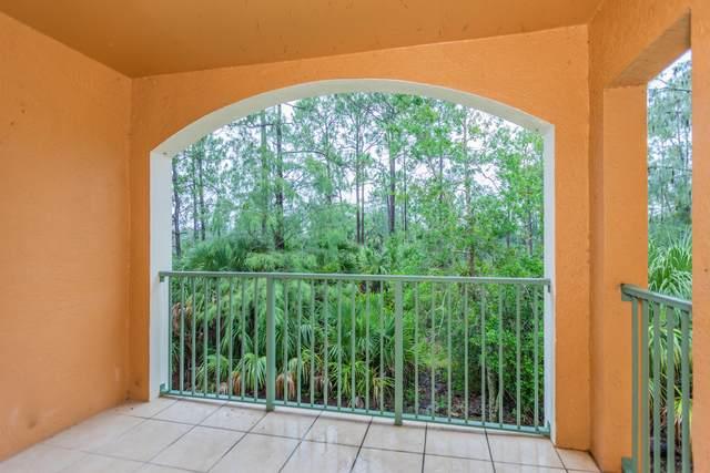 1220 Wildwood Lakes Boulevard #202, Naples, FL 34104 (MLS #2215391) :: Clausen Properties, Inc.