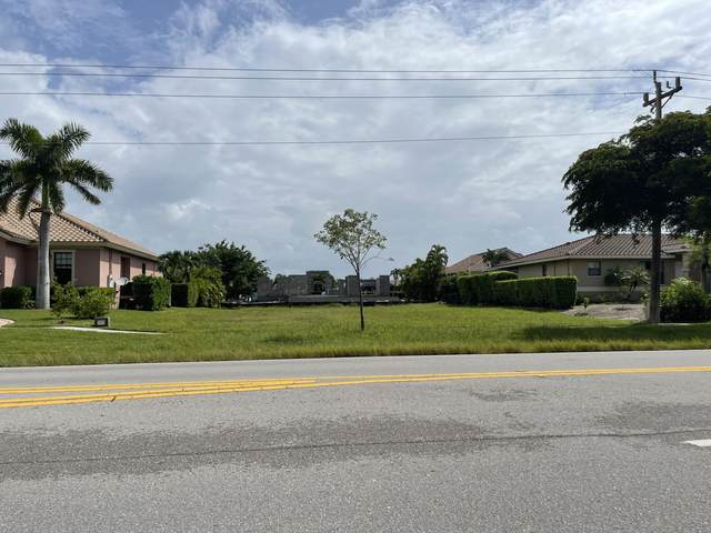207 Bald Eagle Drive, Marco Island, FL 34145 (MLS #2215781) :: Clausen Properties, Inc.