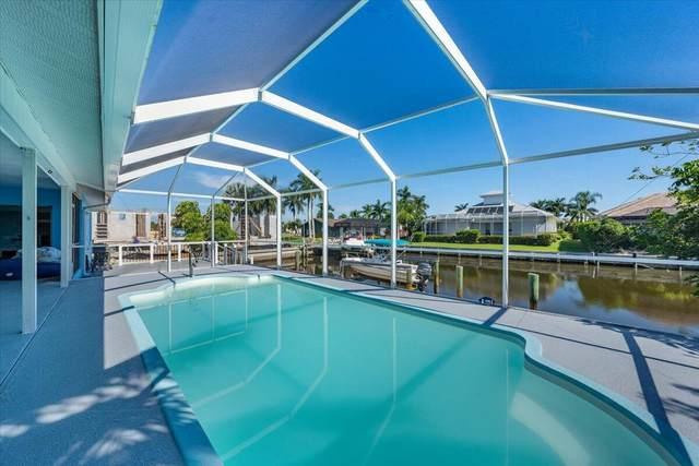 287 Grapewood Court, Marco Island, FL 34145 (MLS #2215920) :: Clausen Properties, Inc.