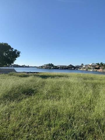 885 San Marco Road, Marco Island, FL 34145 (MLS #2215952) :: Clausen Properties, Inc.