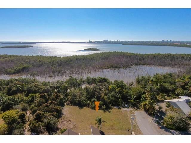 2061 Dogwood Drive, Marco Island, FL 34145 (MLS #2215984) :: Clausen Properties, Inc.