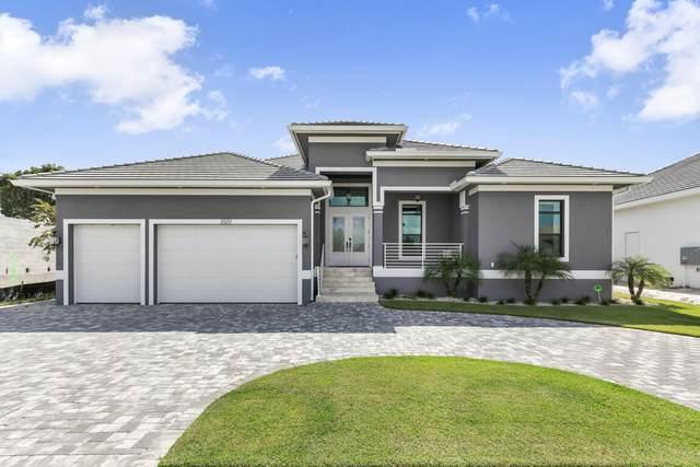 1010 Mendel Avenue, Marco Island, FL 34145 (MLS #2216088) :: Clausen Properties, Inc.