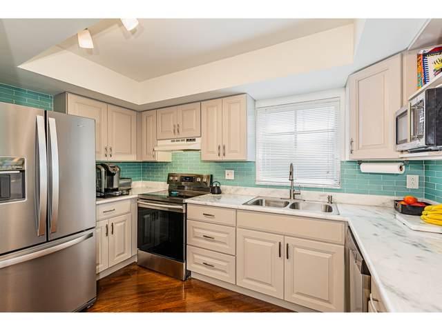 53 W High Point Circle #106, Naples, FL 34103 (MLS #2200549) :: Clausen Properties, Inc.