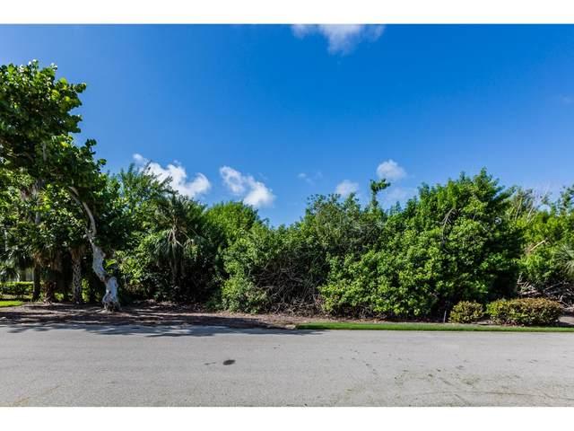 335 S Hideaway Circle #0, Marco Island, FL 34145 (MLS #2210669) :: Clausen Properties, Inc.
