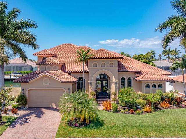 1090 Dana Court, Marco Island, FL 34145 (MLS #2211279) :: Clausen Properties, Inc.