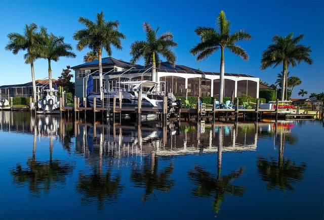 839 Saturn Court, Marco Island, FL 34145 (MLS #2215492) :: Clausen Properties, Inc.
