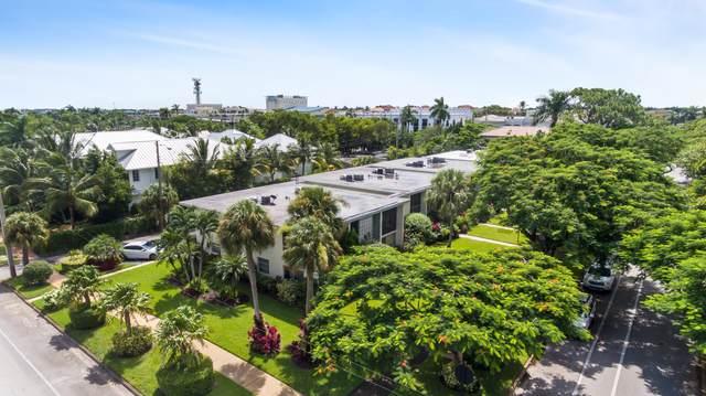325 6TH Street S #325, Naples, FL 34102 (MLS #2215826) :: Clausen Properties, Inc.