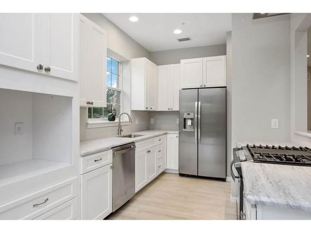 3995 Deer Crossing Court #204, Naples, FL 34114 (MLS #2201940) :: Clausen Properties, Inc.