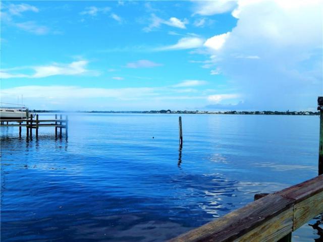1000 NE Wright Avenue, Jensen Beach, FL 34957 (#M20006216) :: Keller Williams