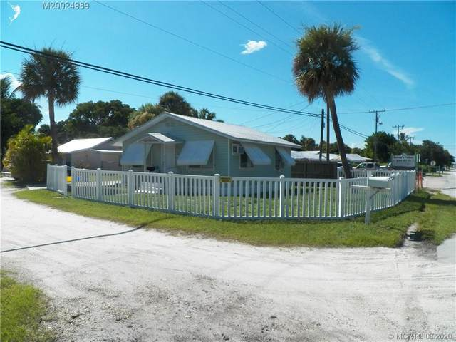 2422 NE Indian River Drive, Jensen Beach, FL 34957 (#M20024989) :: Realty One Group ENGAGE