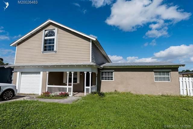35 SW Cabana Point Circle SW, Stuart, FL 34994 (#M20026483) :: Realty One Group ENGAGE