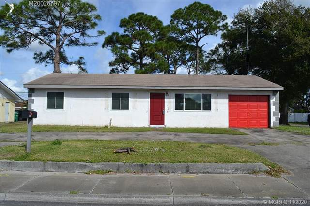651 SE Port St Lucie Boulevard, Port Saint Lucie, FL 34984 (#M20026797) :: Realty One Group ENGAGE
