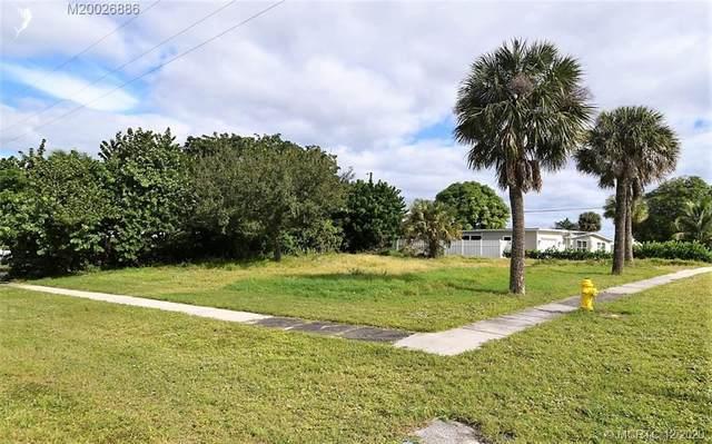 1365 NE Waveland Avenue, Jensen Beach, FL 34957 (#M20026886) :: Realty One Group ENGAGE