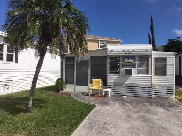 309 Nettles Blvd, Jensen Beach, FL 34957 (#M20010123) :: The Haigh Group | Keller Williams Realty