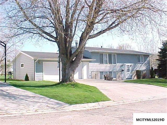 602 7th St Nw, NORA SPRINGS, IA 50458 (MLS #190180) :: Jane Fischer & Associates