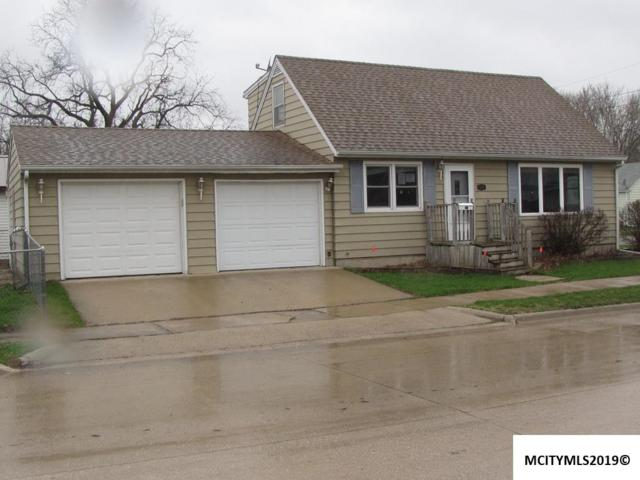 2606 S Washington, MASON CITY, IA 50401 (MLS #190279) :: Jane Fischer & Associates