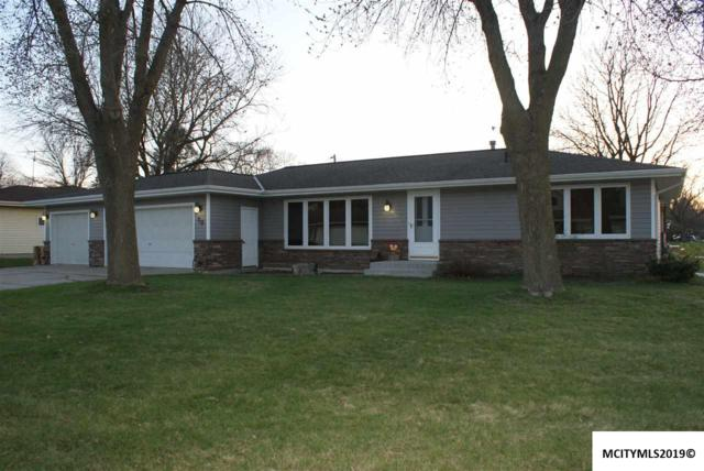 70 Granada Drive, MASON CITY, IA 50401 (MLS #190284) :: Jane Fischer & Associates