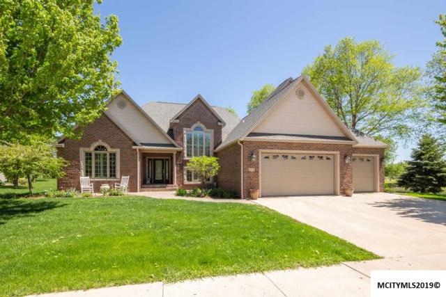 2225 Country Club Dr, MASON CITY, IA 50401 (MLS #190413) :: Jane Fischer & Associates