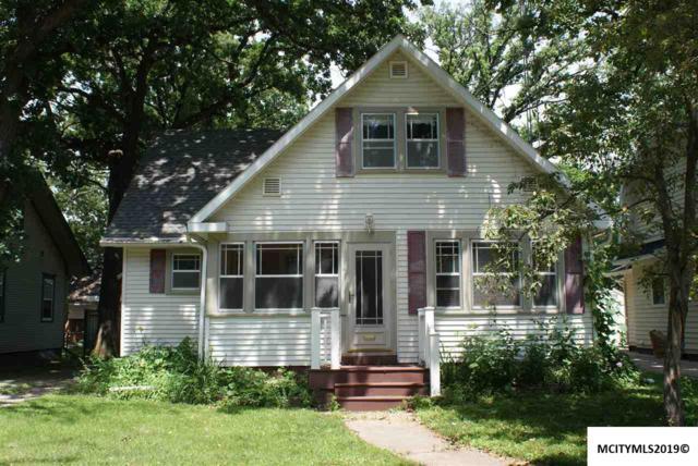 1118 1st Sw, MASON CITY, IA 50401 (MLS #190599) :: Jane Fischer & Associates
