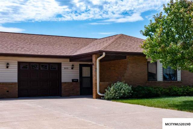 900 Briarcliff Circle, MASON CITY, IA 50401 (MLS #190634) :: Jane Fischer & Associates